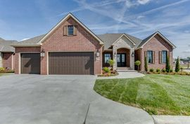 Photo of 1635 N Red Oaks Ct Wichita, KS 67206