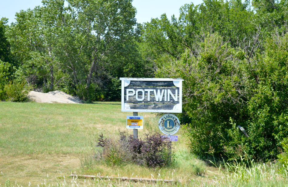 Potwin Real Estate 2 | Potwin Homes for Sale 2