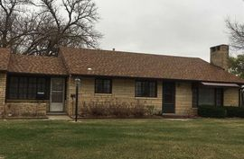 Photo of 1012 Tobias Dr Lyons, KS 67554