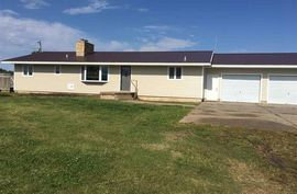Photo of 645 19th Rd Lyons, KS 67554