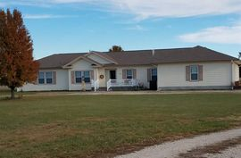 Photo of 401 E Forest Ave Sterling, KS 67579-1537