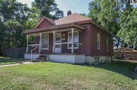 Photo of 501 E 1st St Pratt, KS 67124