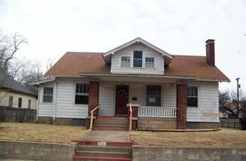 Photo of 548 E Avenue B Hutchinson, KS 67501