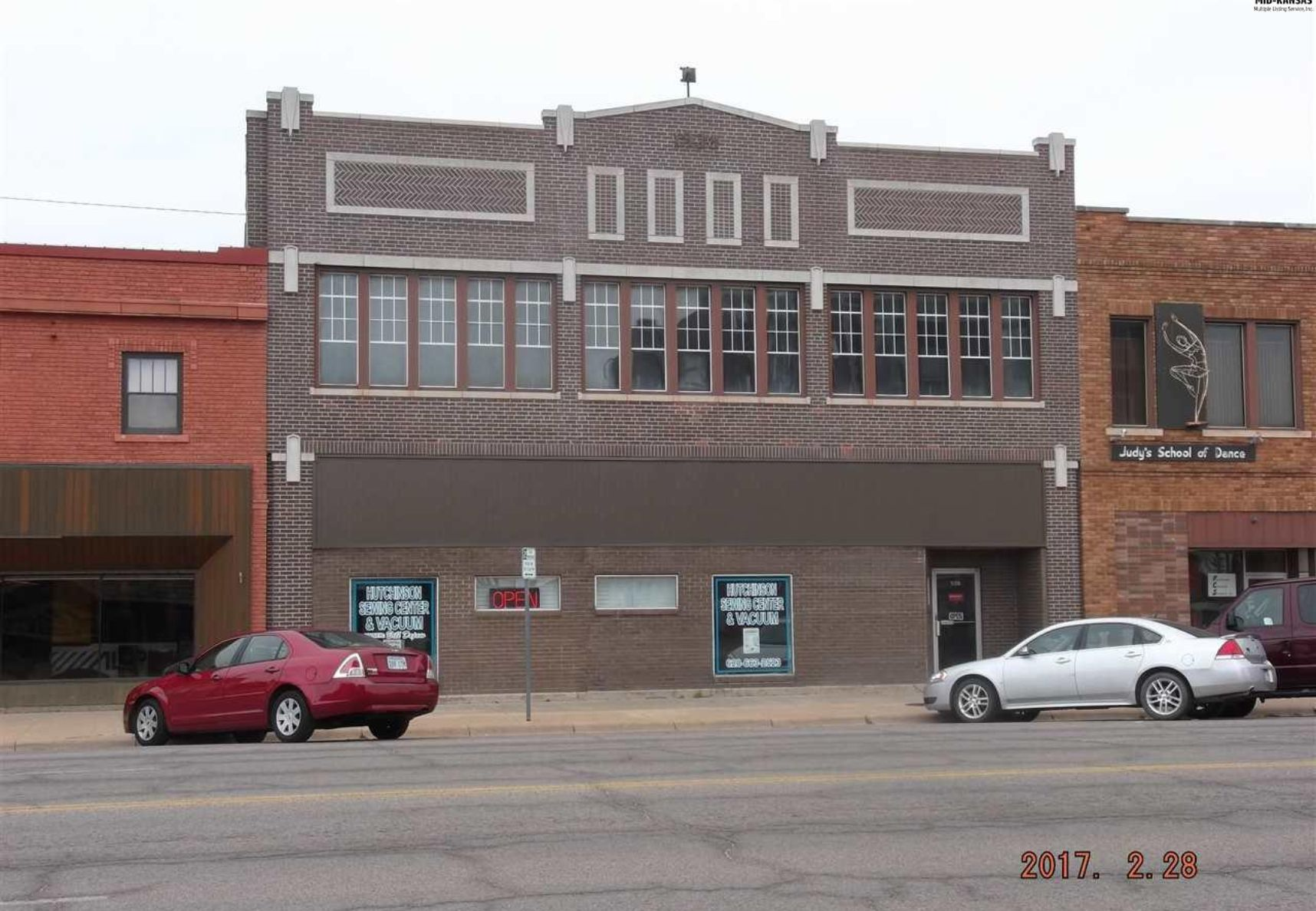 508 N Main St Hutchinson, KS 67501 - Photo 1