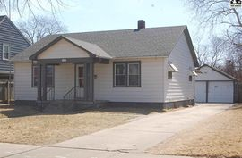 411 E 16th Ave Hutchinson, KS 67501,