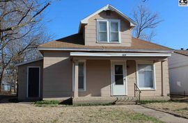 Photo of 604 W 11th Ave Hutchinson, KS 67501