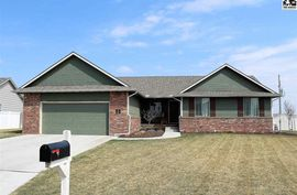54 E Detroit Dr South Hutchinson, KS 67505,