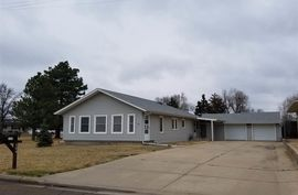 124 W F Ave South Hutchinson, KS 67505,