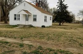Photo of 610 S Elm St Hutchinson, KS 67501