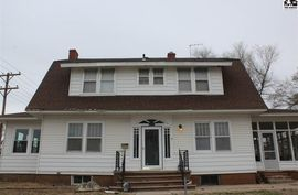 Photo of 112 E Jefferson Ave Sterling, KS 67579