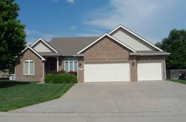 Photo of 1512 Sonora Dr McPherson, KS 67460