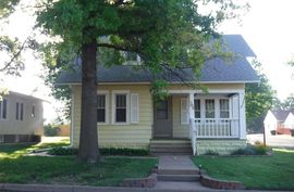 Photo of 302 Stout St Pratt, KS 67124