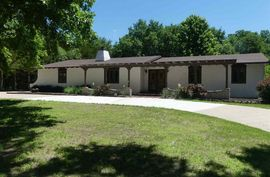 Photo of 4100 N Lakeview Rd Hutchinson, KS 67502