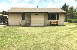 Photo of 131 W Grove St Canton, KS 67428