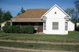211 S Rhodes Ave Pretty Prairie, KS 67570,