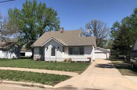 Photo of 112 W Grove St Canton, KS 67428