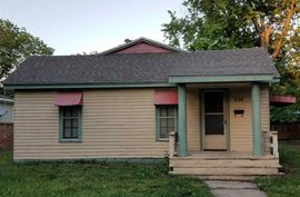224 N 6th St Sterling, KS 67579-1909,
