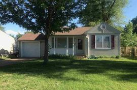 715 W 20th Ave Hutchinson, KS 67502,