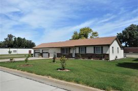 102 E Ave A South Hutchinson, KS 67505,