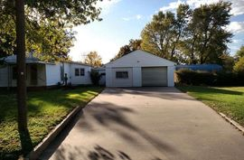 Photo of 119 S Park St Arlington, KS 67514