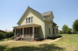 306 W 4th Marquette, KS 67464,