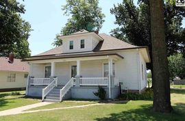 205 E Main St Pretty Prairie, KS 67570,
