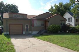 Photo of 309 N Pine St Inman, KS 67546
