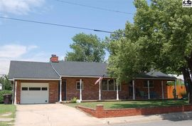 Photo of 209 E Delaware St Inman, KS 67546