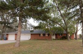 Photo of 2500 N Halstead St Hutchinson, KS 67502