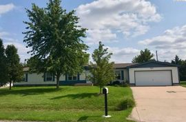 Photo of 1213 W 31st Ave Hutchinson, KS 67502