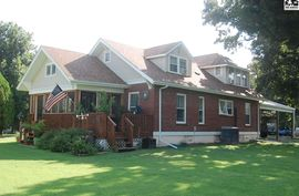 405 N Howard St Arlington, KS 67514,