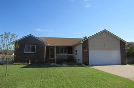 1811 E 26th Ave Hutchinson, KS 67502,