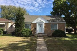 Photo of 1002 Stout St Pratt, KS 67124