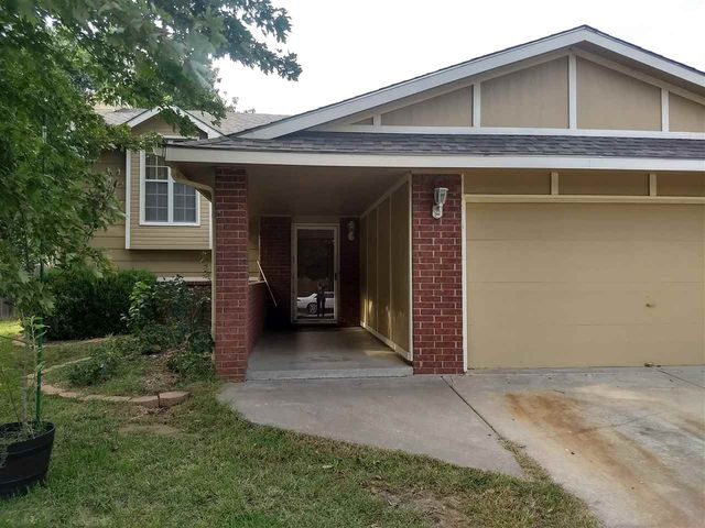 Photo of 1834 N Shefford Cir Wichita, KS 67212