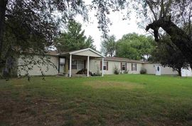 Photo of 2906 E 95th Ave Hutchinson, KS 67502
