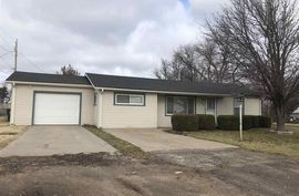 808 W Blanchard Ave South Hutchinson, KS 67505,