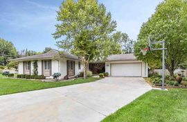 20 Countryside Dr Hutchinson, KS 67502,
