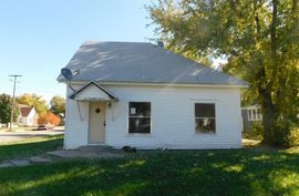 111 N 5th St Canton, KS 67428,