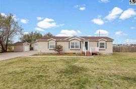 212 W Ave D South Hutchinson, KS 67505,