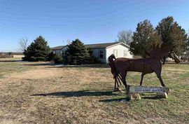 1572 16th Ave McPherson, KS 67460,