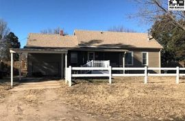5 S Elm St South Hutchinson, KS 67505,