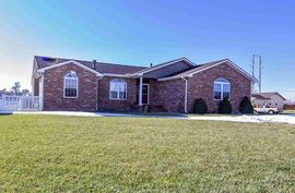 817 W 32nd Ave Hutchinson, KS 67502,