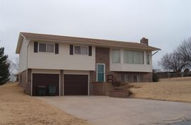 Photo of 417 Saratoga Ct Pratt, KS 67124
