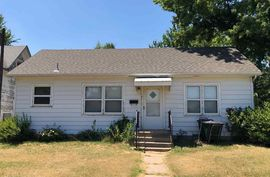 Photo of 121 N High St Pratt, KS 67124