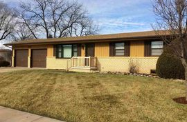 1228 E 23rd Ave Hutchinson, KS 67502,
