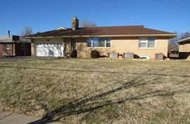 Photo of 808 W 17th Ave Hutchinson, KS 67501