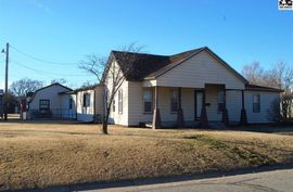 441 S 6th St Sterling, KS 67579,