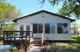 13 Timber Ln Sterling, KS 67579,