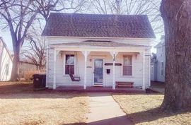 226 N Washington St Lindsborg, KS 67456,