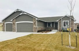 Photo of 928 N Oak Ridge Ave Goddard, KS 67052
